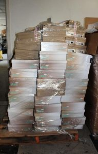 discount-shoes-wholesale-03